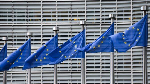 Флаги Евросоюза, архивное фото - Sputnik Таджикистан
