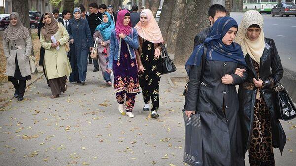 Женщины в Душанбе, архивное фото - Sputnik Таджикистан