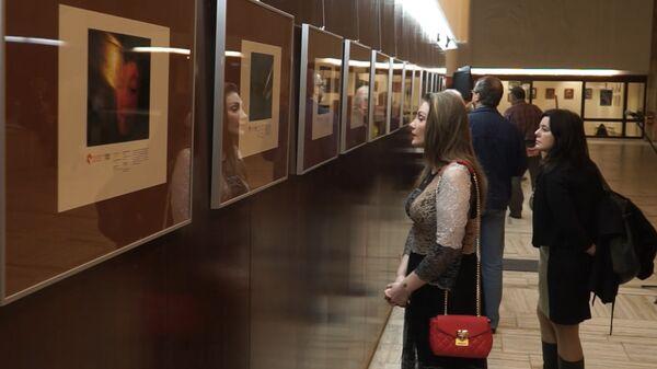 Избранные работы победителей фотоконкурса имени Стенина на выставке в Берлине - Sputnik Тоҷикистон