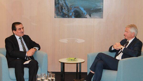 Встреча Постоянного Представителя Республики Таджикистан при Европейском Союзе Эркинхона Рахматуллозода с Генеральным Секретарем Совета Европы Торбьерном Ягландом - Sputnik Таджикистан