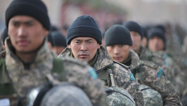 Военнослужащие Казахстана, архивное фото - Sputnik Таджикистан