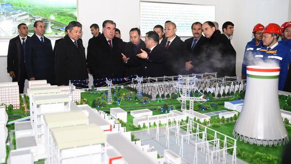 Эмомали Рахмон на открытии ТЭЦ Душанбе-2 - Sputnik Таджикистан