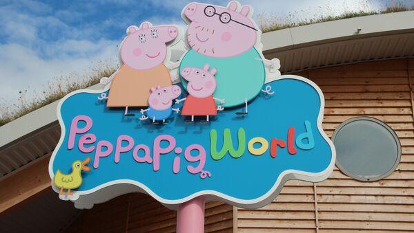 Герои мультфильма Свинка Пеппа, архивное фото - Sputnik Таджикистан