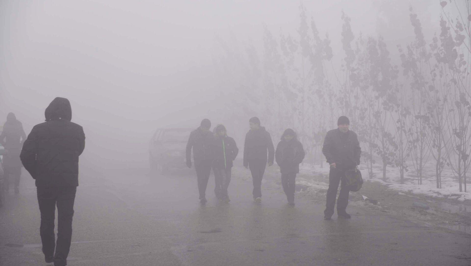 Туман в Душанбе, архивное фото - Sputnik Тоҷикистон, 1920, 01.04.2021
