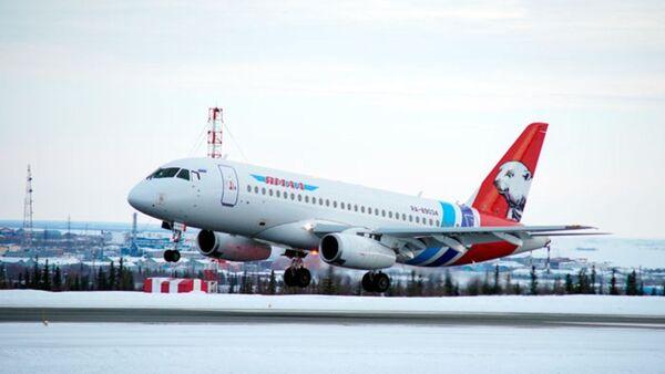 Самолет авиакомпании Ямал, архивное фото - Sputnik Тоҷикистон