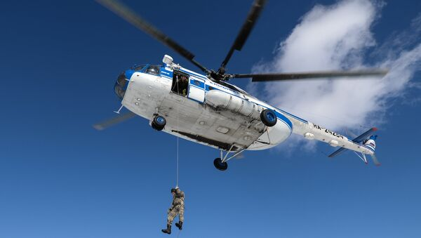 Вертолет, архивное фото - Sputnik Таджикистан