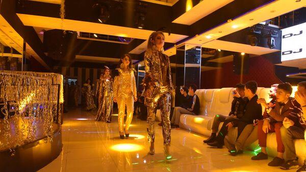 Golden fashion night дар Душанбе - Sputnik Тоҷикистон