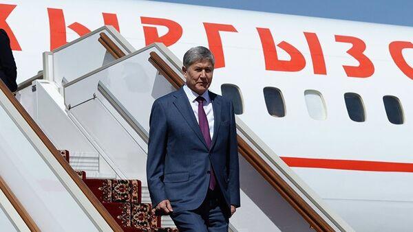 Президент Кыргызстана  Алмазбек Атамбаев, архивное фото - Sputnik Тоҷикистон