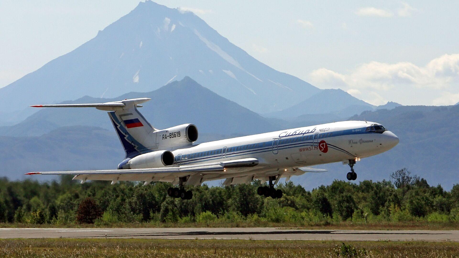 Самолет Ту-154 - Sputnik Таджикистан, 1920, 13.09.2021