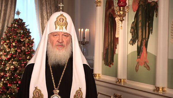 Патриарх Московский и всея Руси Кирилл поздравил верующих с Рождеством Христовым - Sputnik Таджикистан