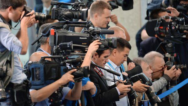 Представители СМИ, архивное фото - Sputnik Таджикистан