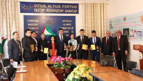 В Душанбе наградили 10 лучших спортсменов республики - Sputnik Таджикистан