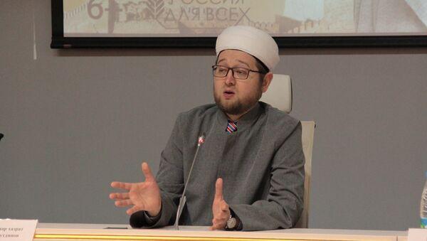 Главный имам Московской соборной мечети Ильдар Аляутдинов - Sputnik Таджикистан