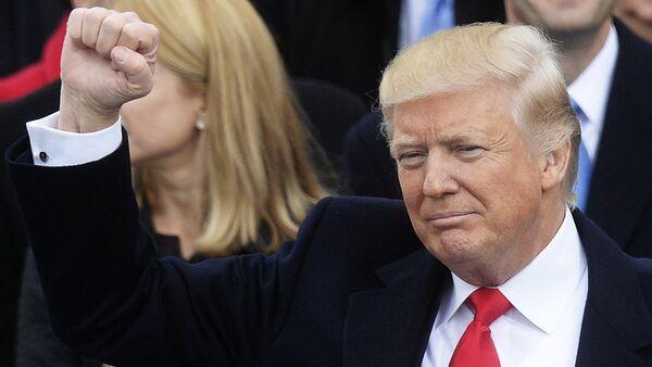 Президент США Дональд Трамп, архивное фото - Sputnik Тоҷикистон