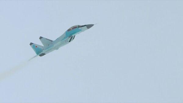 Демонстрационный полет истребителя МиГ-35 - Sputnik Таджикистан