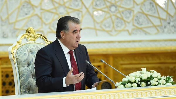 Эмомали Рахмон заседании Общественного совета Таджикистана - Sputnik Таджикистан