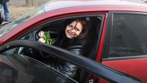 Женщина за рулем, архивное фото - Sputnik Таджикистан