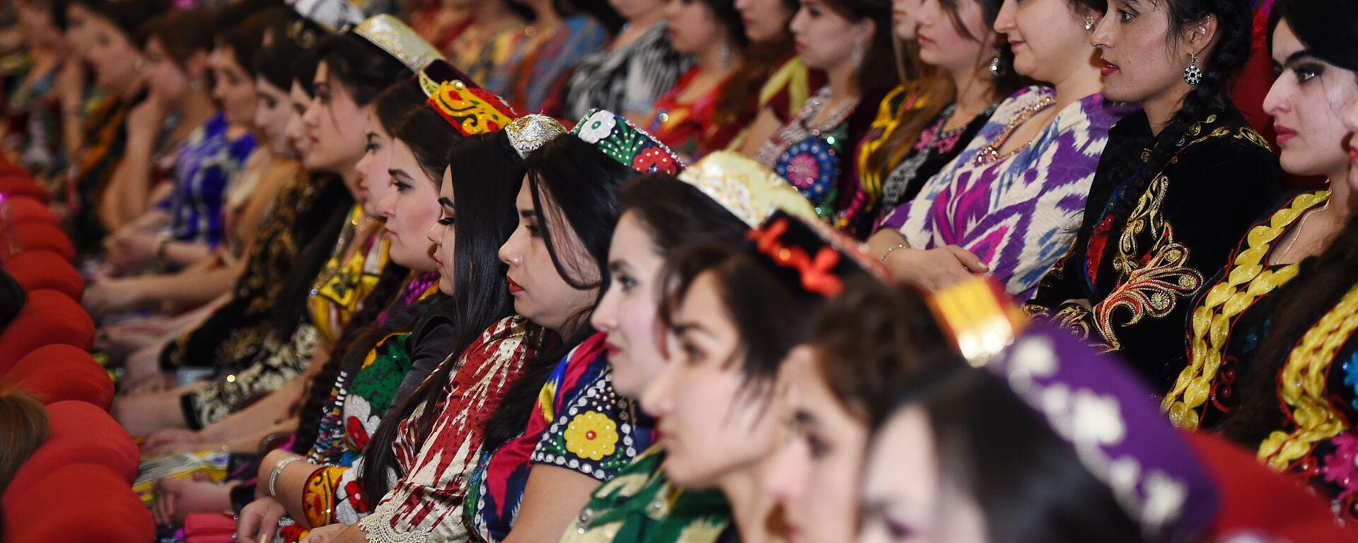 Женщины Таджикистана - Sputnik Тоҷикистон, 1920, 26.09.2019
