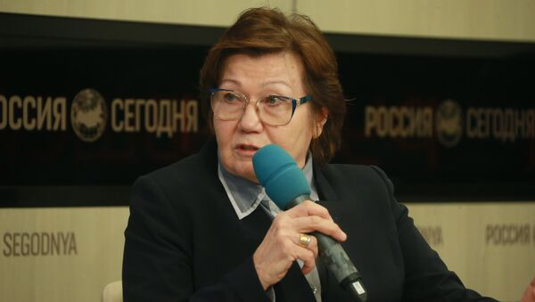 Завотделом диаспоры и миграции Института стран СНГ Александра Докучаева - Sputnik Таджикистан