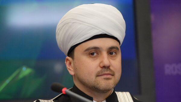 Заместитель председателя Совета муфтиев России Рушан Аббясов, архивное фото - Sputnik Таджикистан