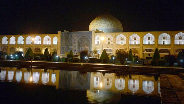 Мечеть Имама в городе Исфахан в Иране, архивное фото - Sputnik Таджикистан