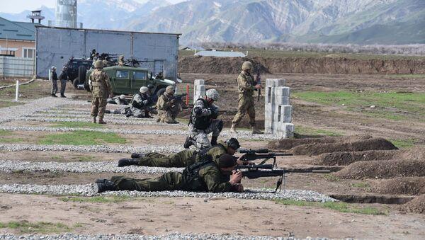 Военные учения России и Таджикистана - Sputnik Тоҷикистон
