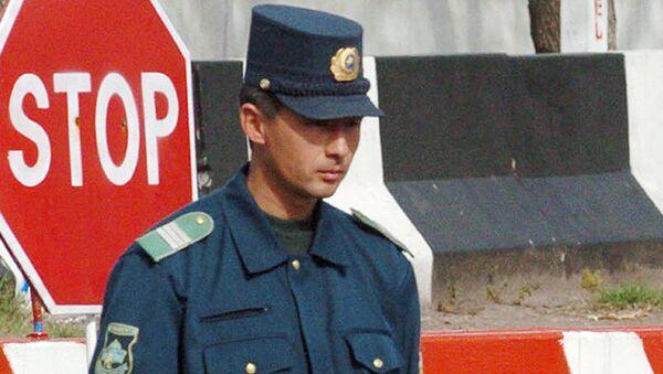 Узбекский милиционер, архивное фото - Sputnik Таджикистан