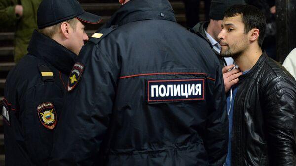 Меры безопасности в московском метро, архивное фото - Sputnik Таджикистан