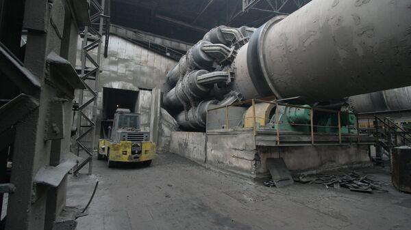 Цементный завод, архивное фото - Sputnik Тоҷикистон