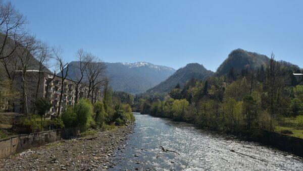 Река, архивное фото - Sputnik Тоҷикистон