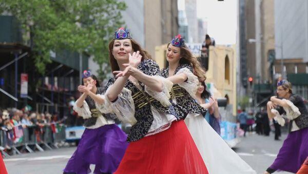 Персидский парад в Нью-Йорке - Sputnik Тоҷикистон