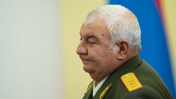 Представитель Армении генерал-полковник Юрий Хачатуров, архивное фото - Sputnik Тоҷикистон