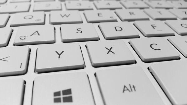 Клавиатура ноутбука, архивное фото - Sputnik Таджикистан