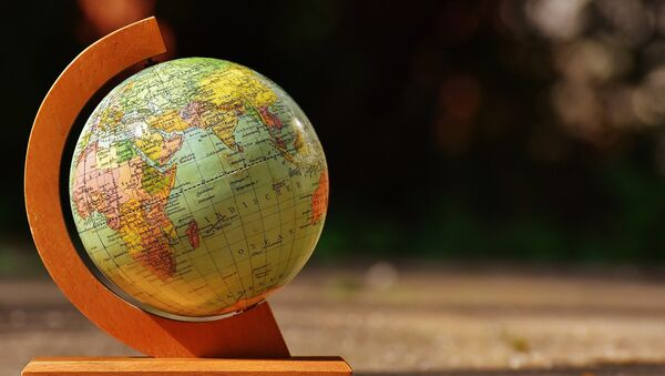 Глобус, архивное фото - Sputnik Таджикистан