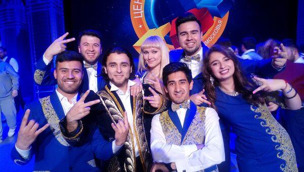Сборная КВН Таджикистана заняли второе место и вышли в полуфинал Центральной лиги Москвы - Sputnik Таджикистан
