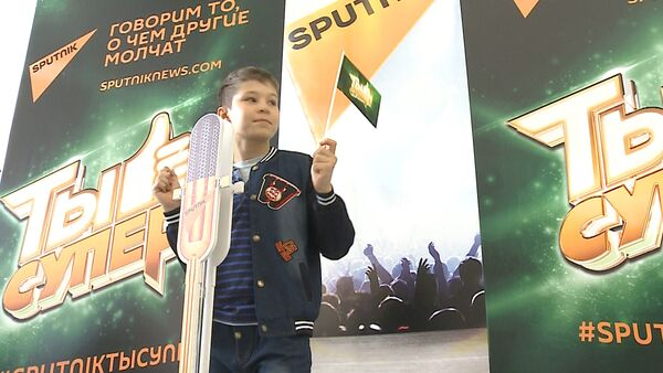 Фотозона Sputnik вызвала ажиотаж в Кремлевском Дворце - Sputnik Тоҷикистон