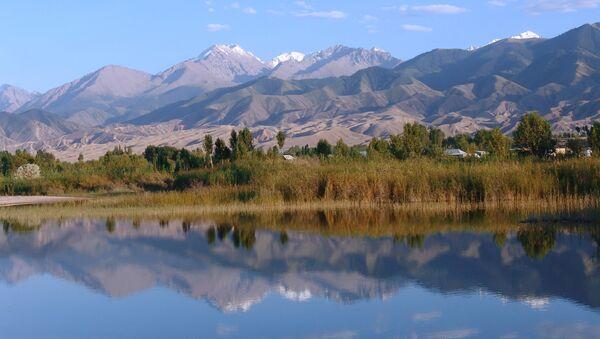 Озеро Иссык-Куль, архивное фото - Sputnik Таджикистан