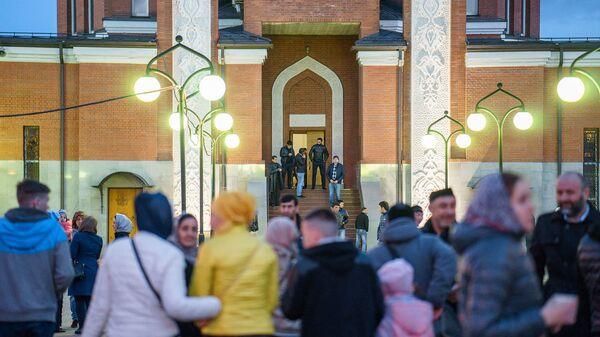 Празднование Рамадана в Москве - Sputnik Таджикистан