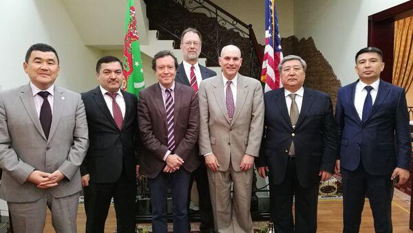 Представитель Госдепартамента США встретился с послами стран Центральной Азии - Sputnik Тоҷикистон