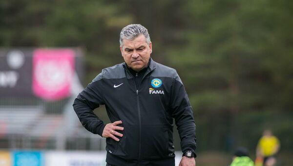 Главный тренер футбольного клуба Нарва Транс Адъям Кузяев - Sputnik Таджикистан