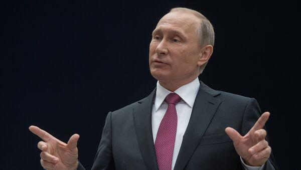 Президент РФ В. Путин ответил на вопросы журналистов - Sputnik Таджикистан