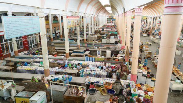 Рынок панчшанбе в городе Худжанд, архивное фото - Sputnik Тоҷикистон