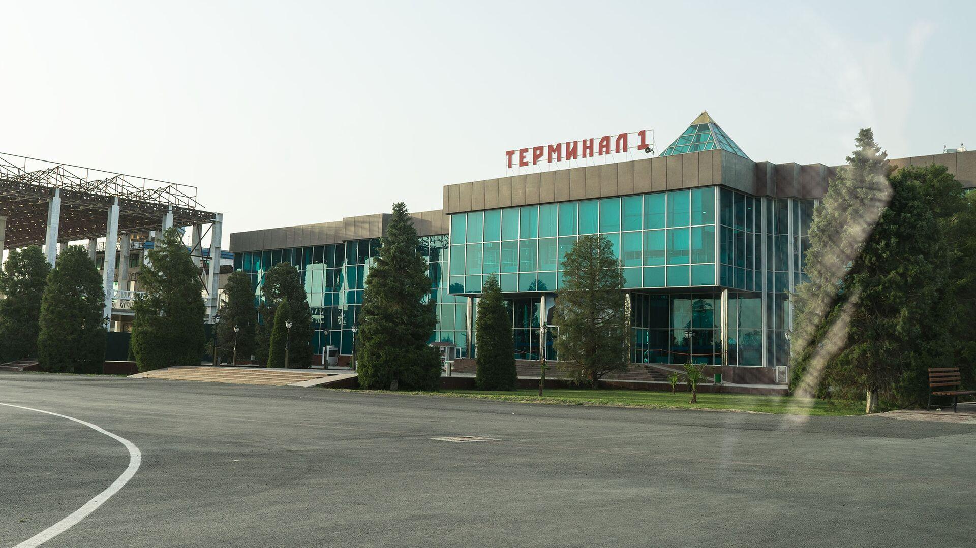 Аэропорт в городе Худжанд, архивное фото - Sputnik Тоҷикистон, 1920, 07.10.2021