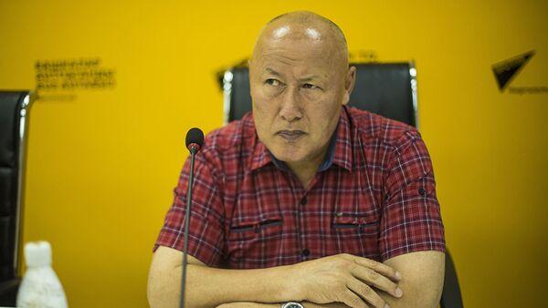 Экс-начальник Генерального штаба Вооруженных сил КР Асанбек Алымкожоев - Sputnik Таджикистан