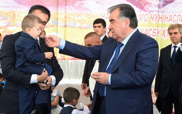 Президент РТ Эмомали Рахмон, архивное фото - Sputnik Таджикистан