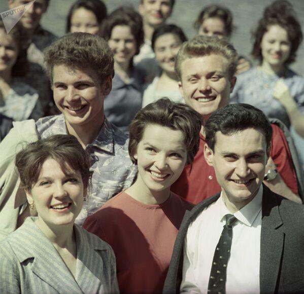 Группа студентов. - Sputnik Таджикистан