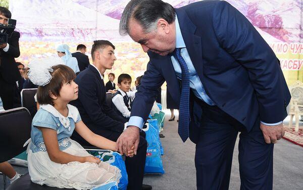 Фотолента Рахмон - Sputnik Таджикистан