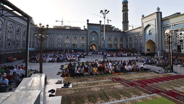 Празднование Рамазана в Душанбе - Sputnik Тоҷикистон