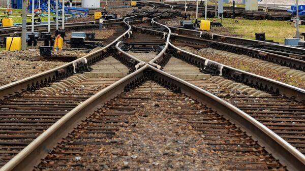 Железнодорожные пути, архивное фото - Sputnik Таджикистан