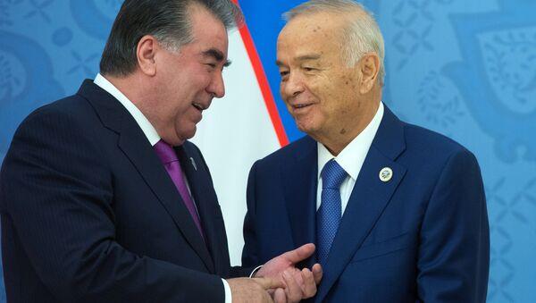 Президент Республики Таджикистан Эмомали Рахмон (слева) и президент Республики Узбекистан Ислам Каримов - Sputnik Тоҷикистон